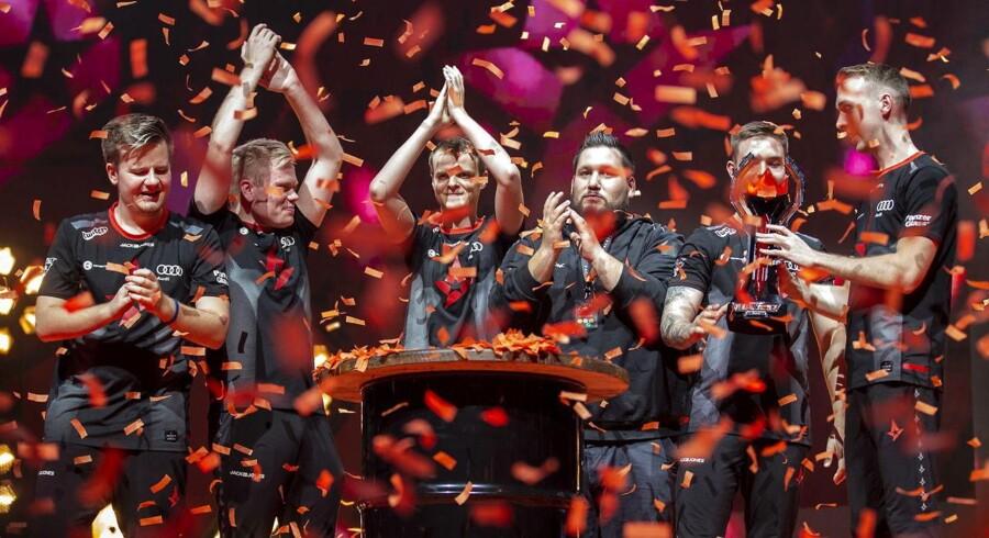 Dansk e-sport stormer frem, og det får nu agenter til at gå ind i sporten.