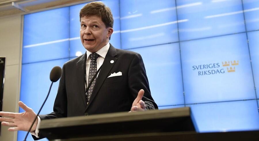 Det er Moderaternas Andreas Norléns opgave at tage kontakt til partierne og finde opbakning til en ny regeringsformation. Han blev i går valgt som formand for Sveriges Riksdag. Foto: Stina Stjernkvist/TT/Ritzau Scanpix