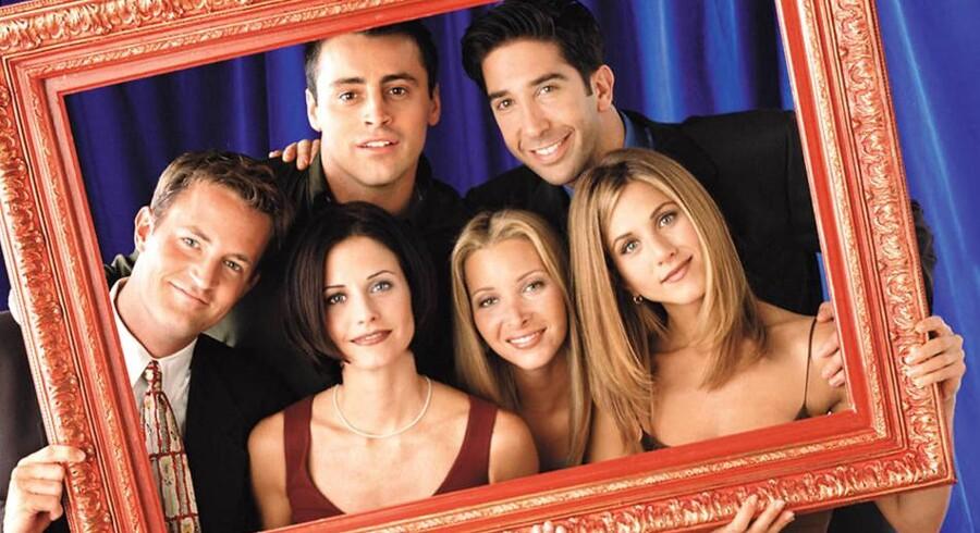 TV-serien »Venner« var 90ernes store hit. FDe brede slips og Chandler's (Mathew Perry's) besynderlige veste sprang først for alvor i øjnene ved gensyn.