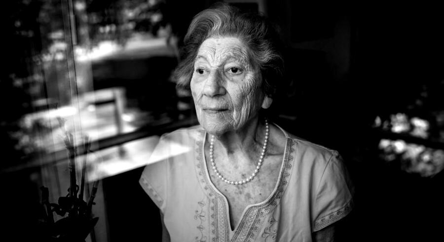 Sonja Bandmann var en af de cirka 7.000 jøder, der flygtede til Sverige i oktober 1943. Den første båd, hun sejlede ud med, sank dog, og hun lå to timer i et koldt Øresund, før hun blev reddet. Bagefter kom hun sikkert til Sverige, hvor hun boede og arbejdede indtil befrielsen.
