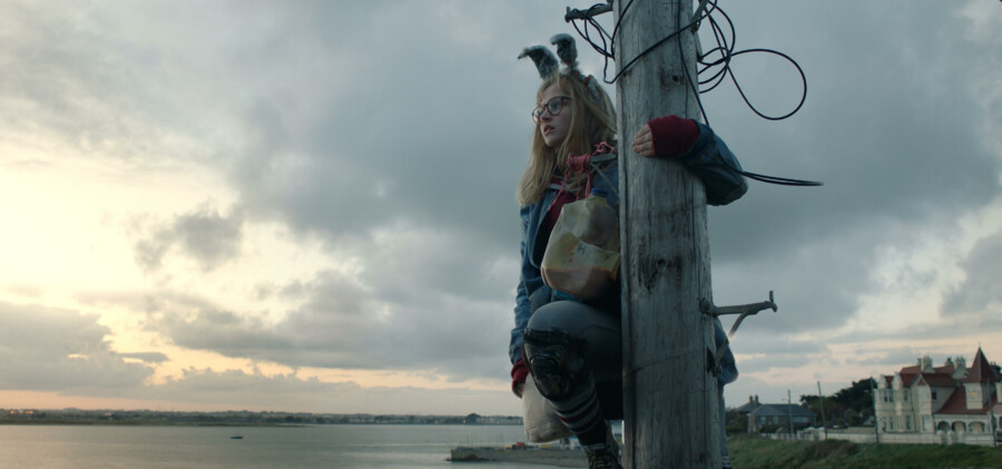 Teenagepigen Barbara bekæmper ydre trolde – og indre dæmoner – i Anders Walthers »I Kill Giants«.