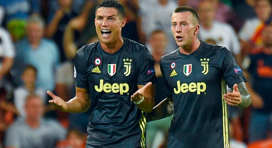Der var stor brok efter Cristiano Ronaldo modtog et rødt kort under UEFA Champions League-kampen mellem Valencia CF og Juventus FC på Mestalla stadium i Valencia d. 19. september.