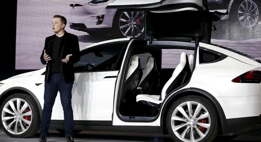 Teslas topchef, Elon Musk, er en kontroversiel person, men der er ingen oplagt kandidat til at afløse ham, hvis han bliver fradømt retten til at være direktør. Arkivfoto: Stephen Lam, Reuters/Scanpix