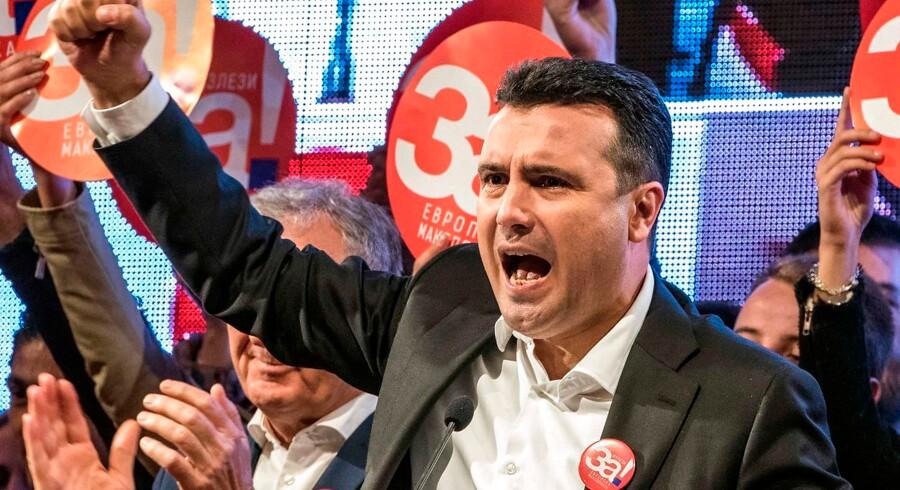 En halv time før valglokalerne lukker ved afstemning om nyt landenavn i Makedonien har kun 34 procent stemt.