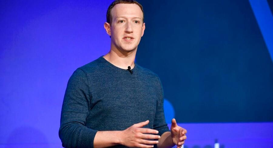 Facebook med Mack Zuckerberg i spidsen er en af de virksomheder, som skal på kvindejagt efter, at Californien har indført mindstekrav om kvinder i både virksomhedens bestyrelse og direktion. Kravene gælder alle virksomheder med hovedsæde i Californien.