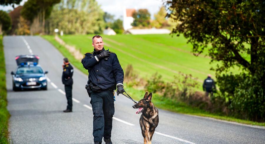 Lørdag den 29. september 2018 er politiet tilstede i den lille fynske by Espe. (Foto: Sophia Juliane Lydolph/Ritzau Scanpix)