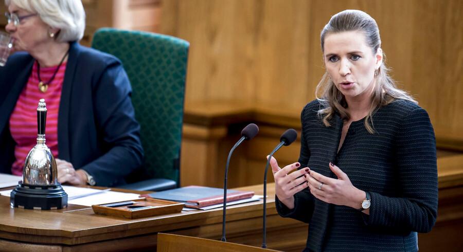 Mette Frederiksen (S) taler under åbningsdebat i Folketinget på Christiansborg i København, torsdag den 4. oktober 2018.