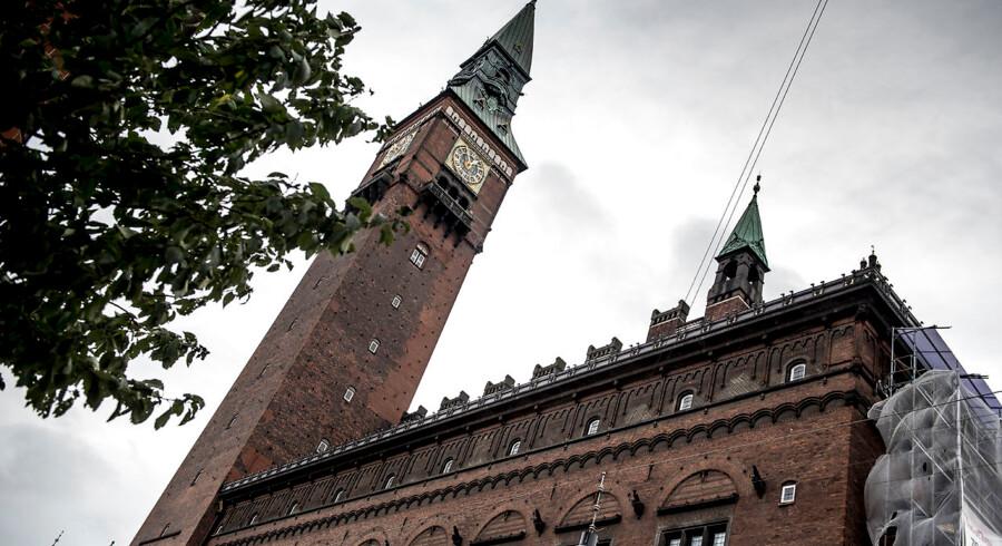 De blå partier på Københavns Rådhus bakker op om regeringen og overborgmester Frank Jensens principaftale om en ny ø, metrostrækning og havnetunnel i København.