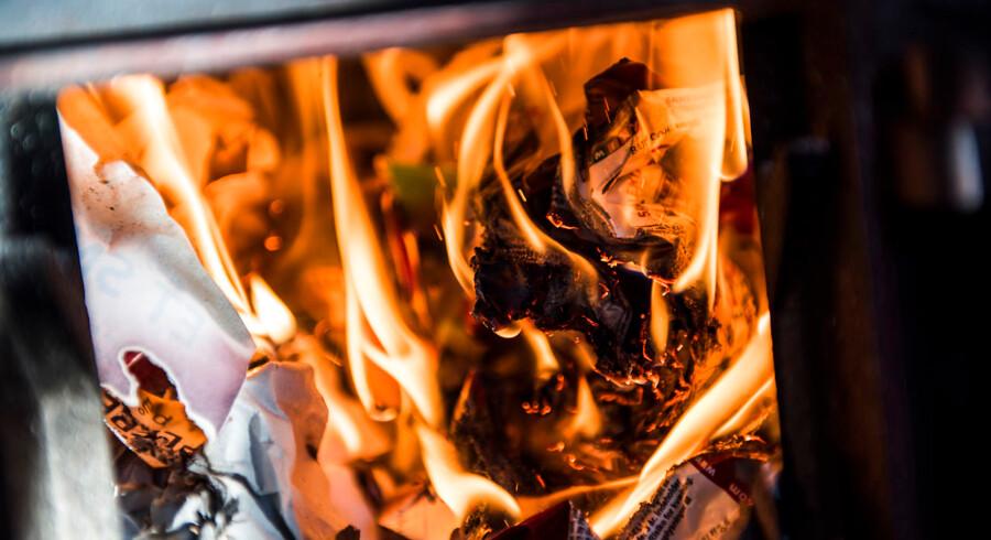 Regeringen vil indføre regler om, at brændeovne skal efterses, når en bolig skifter ejer.