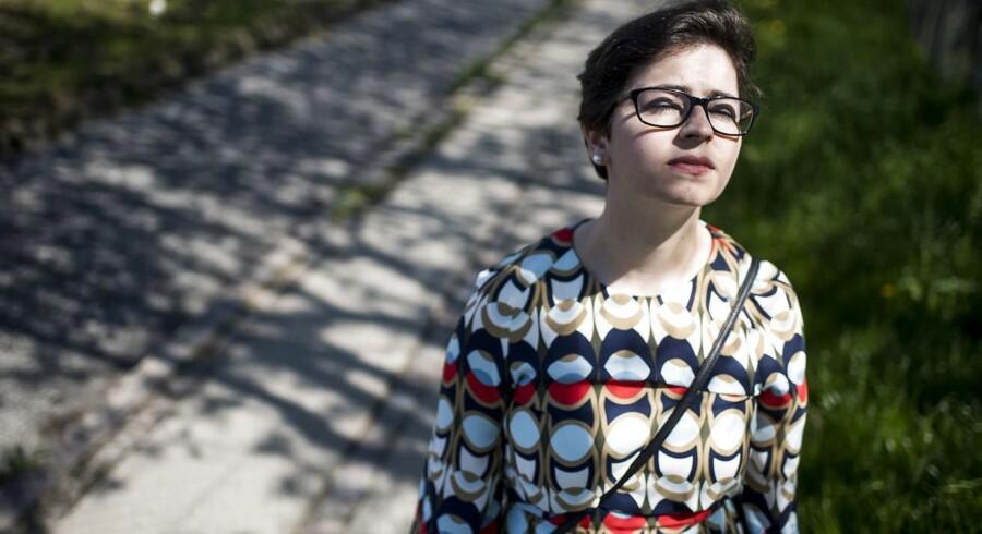 Roula Akkari levede i 17 år som muslim med forbindelser til en af de mest radikale grupperinger i Danmark. I tre afsnit fortæller hun Berlingske om sin rejse ind og ud af islamismen.