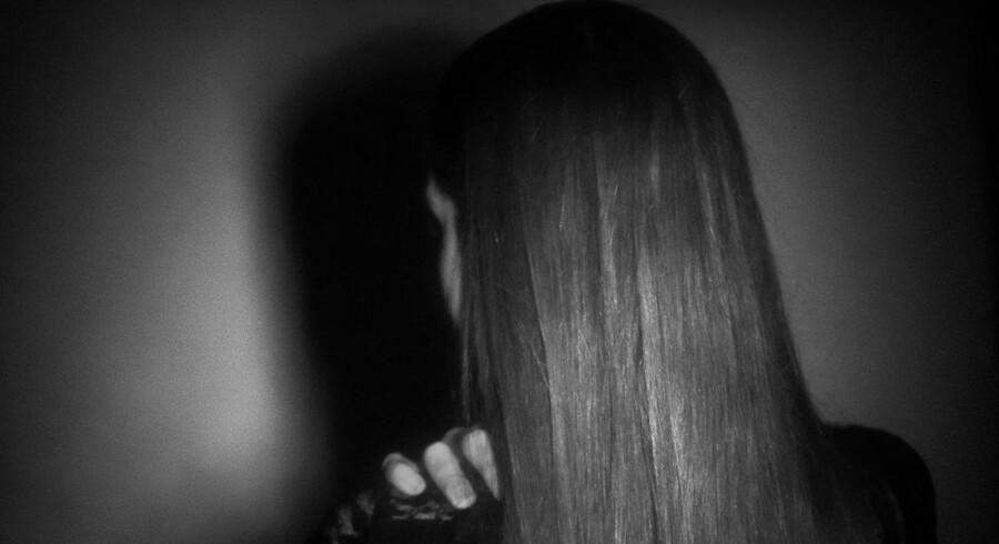 Mange unge kvinder bliver som 22-årige Mille udsat for sexchikan på studiejobbet.