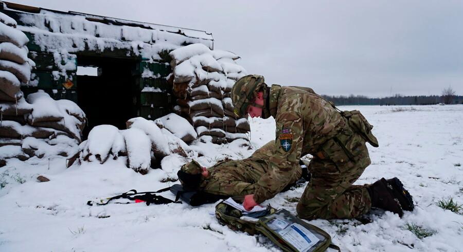 Britiske soldater under en øvelse nær Tapa i det centrale Estland. Om to uger ankommer omkring 200 danske soldater til basen, hvor de afløser det franske bidrag.