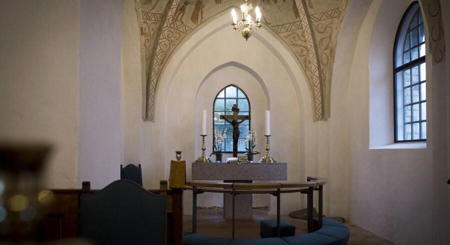 Vallensbæk gamle kirke, hvor det stjålne altersølv hører til.