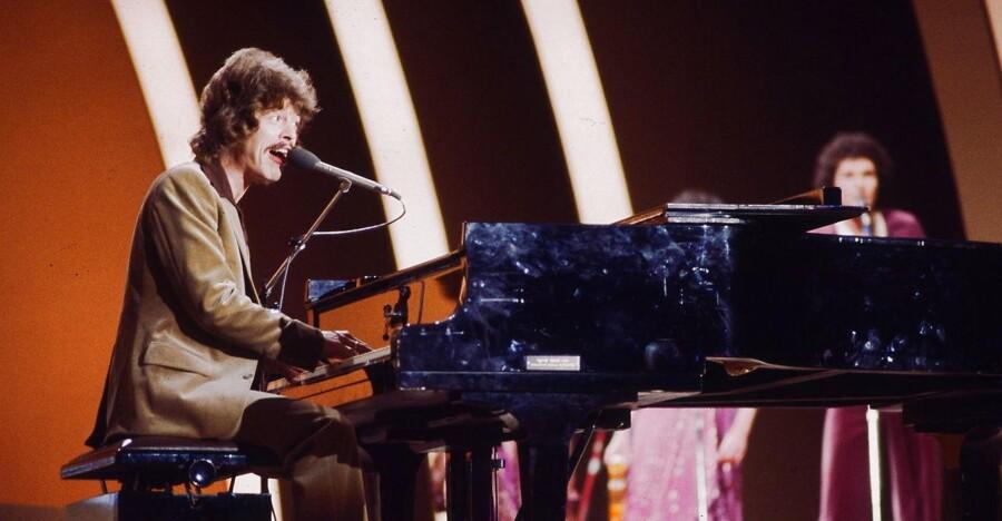 Tommy Seebach vinder det danske Melodi Grand Prix med sangen Disco Tango i 1979.