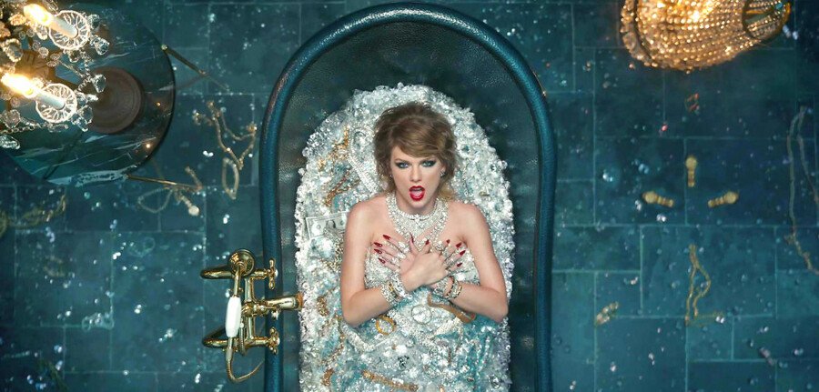 """BMINTERN - 28-8-2017 Taylor Swift new music video """"Look What You Made Me Do"""" Pictured: Taylor Swift PLANET PHOTOS www.planetphotos.co.uk info@planetphotos.co.uk +44 (0)20 8883 1438"""