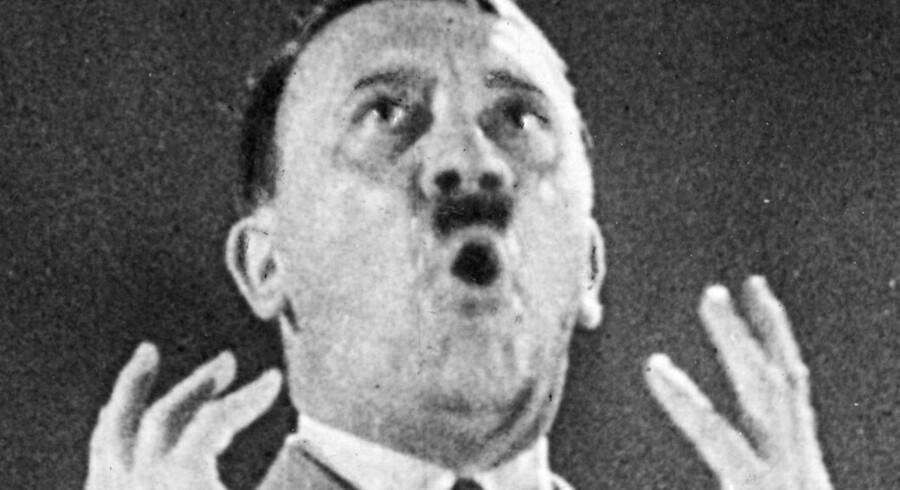 Hitlers raceteorier er slået igennem, sagde den radikale politiker Bernhard Baunsgaard, da rasende danskere angreb hotel med iranske flygtninge i juli 1985.