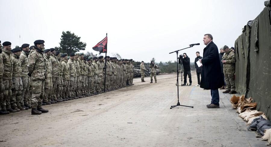 Da statsminister Lars Løkke Rasmussen (V) i marts sidste år holdt tale for danske soldater i forbindelse med en øvelse ved Oksbøl, understregede han blandt andet danske soldaters vigtighed for Danmarks og NATO i forhold til Rusland.