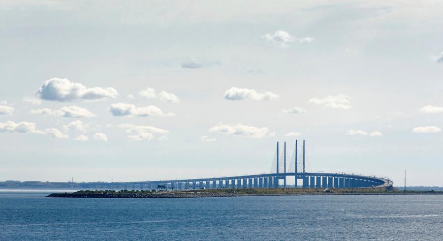 (ARKIV) Øresundsbroen set fra Kastrup. Øresundsforbindelsen er onsdag spærret for trafik mod Sverige frem til cirka klokken 15, oplyser Vejdirektoratet. (Foto: Niels Ahlmann Olesen/Ritzau Scanpix)