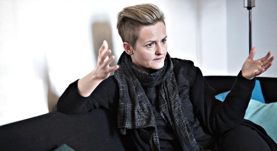 Pernille Rosentkrantz Theil retter skarp kritik af Socialministeriet.