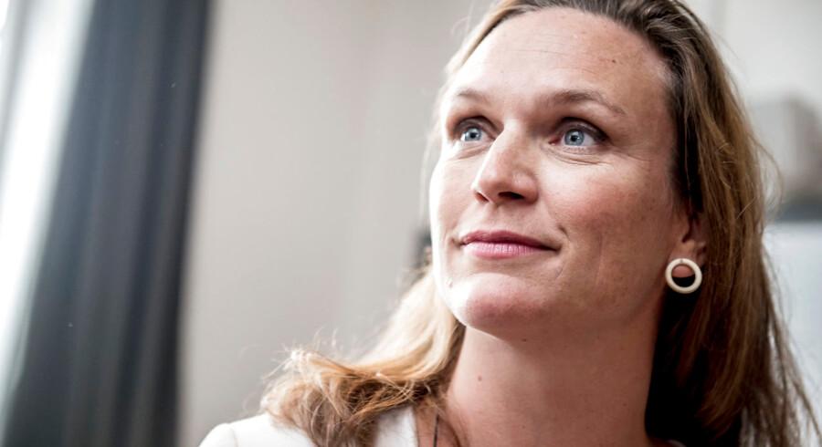 Undervisningsminister Merete Riisager (LA) står fast på forslag om, at elever i bestemte områder skal bestå en test for at rykke op i 1. klasse.. (Foto: Mads Claus Rasmussen/Ritzau Scanpix)