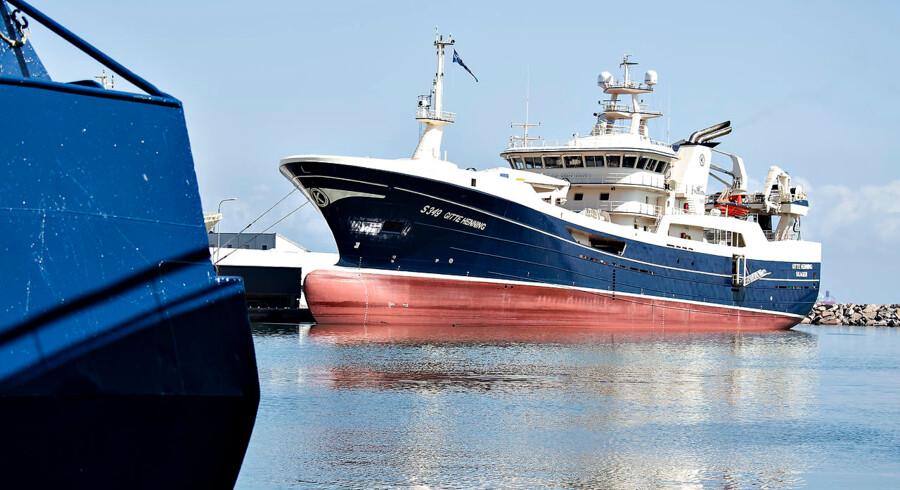Forvaltningen af fiskeriområdet er igen kommet under beskydning. I en ny rapport retter Rigsrevisionen en skarp kritik mod Udenrigsministeriets forvaltning af EU-tilskudsmidler til fiskeriet. Fiskerfartøjet på billedet har intet med sagen at gøre.