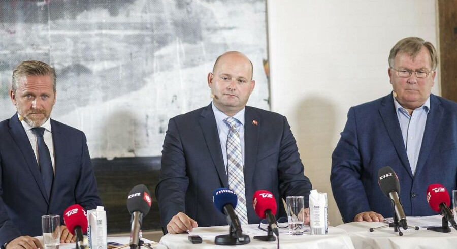 Justitsminister Søren Pape Poulsen (K), udenrigsminister Anders Samuelsen (LA) og forsvarsminister Claus Hjort Frederiksen (V) fremlagde 7. september 2018 en handlingsplan mod udenlandsk påvirkning af danske valg.