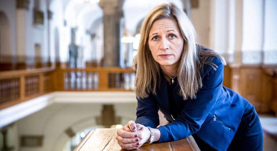 »Det nye lovforslag begrænser ytringsfriheden,« siger Marie Krarup om regeringens forsøg på at styrke værnet mod påvirkningsoperationer: »Det er en skændsel.«