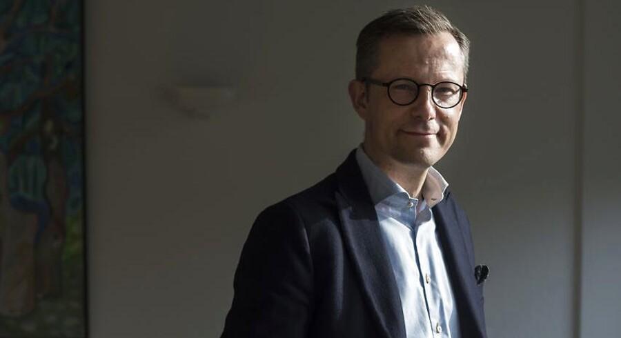 Lars Storr-Hansen, adm. direktør for Dansk Byggeri, mener, at poliktikerne er uansvarlige, idet de ikke prioriterer reformer, mens landet og borgerne befinder sig i de gode tider.