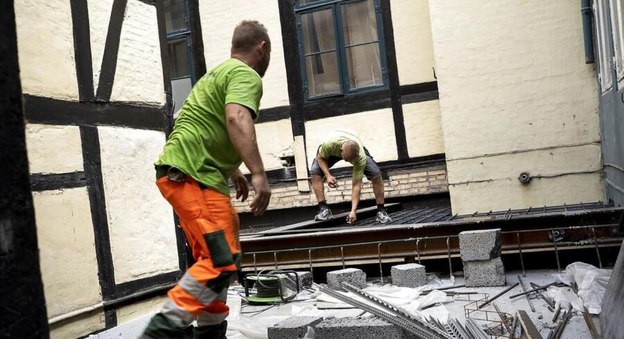 Flere og flere virksomheder fortæller, at mangel på arbejdskraftvil begrænse produktionen. Mest udfordret er byggeriet, hvor over 30 pct. af selskaber melder om mangel på arbejdskraft. Foto: Sofie Mathiassen/Scanpix-Ritzau