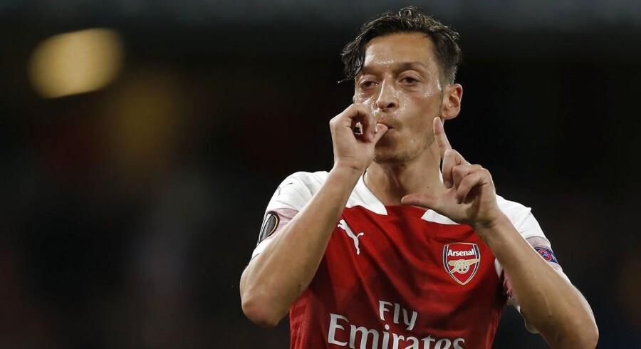 Mesut Özil blev udsat for hård kritik, da han stillede op til fotografering sammen med Tyrkiets præsident Recep Erdoğan i foråret. Efterfølgende sagde Özil, at han følte sig udsat for racisme. Foto fra Arsenals EL-kamp mod FC Vorskla Poltava 20. september 2018.