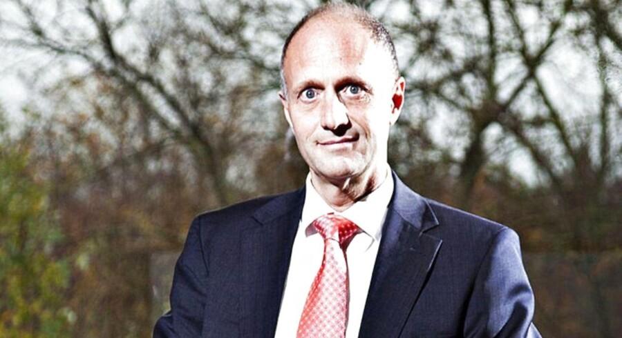 Sammen med to andre bestyrelsesmedlemmer træder Jens Bager ud af bestyrelsen for Poul Due Jensens Fond. Fonden skriver i en pressemeddelelse skriver, at det skyldes uenighed om strategien.
