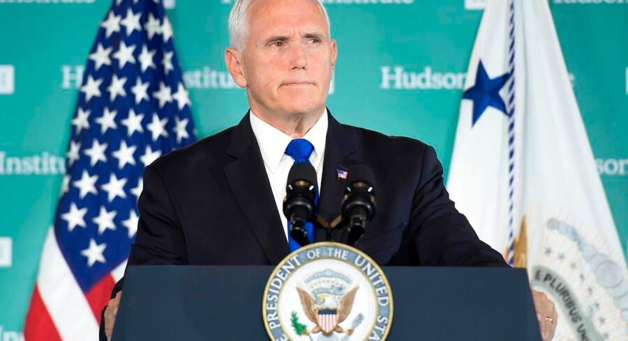 USAs vicepræsident, Mike Pence, gjorde for nylig rede for, at USA vil føre en anderledes politik over for Kina i forhold til tidligere amerikanske administrationer. Foto: Jim Watson/AFP