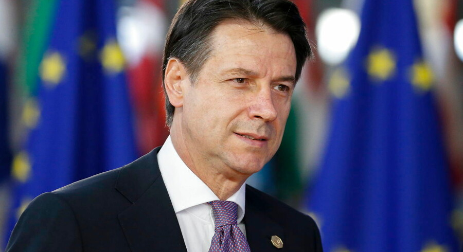 epa07101506 Italian Prime Minister Giuseppe Conte arrives for the European Council summit in Brussels, 18 October 2018. The European Council will focus on migration and internal security and also It will be followed by the Euro Summit in an inclusive format. EPA/JULIEN WARNAND