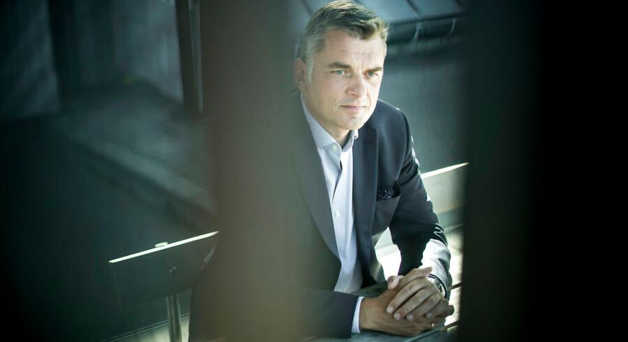 »Hele DFs tilgang til politik, jeg synes, den er meget tilbagelænet. De kommer med nogle strøtanker og så spørger de: »Hvordan vil regeringen løse det?«,« siger Jan E. Jørgensen, medlem af Folketinget for Venstre, i en ny interviewbog.