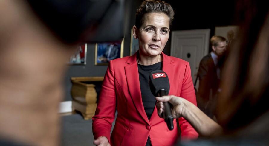 Pia Olsen Dyhr (SF) har presset på for at gennemtvinge et opbrud i dansk politik, hvor SF og S – på vigtige felter – kan arbejde sammen med DF.