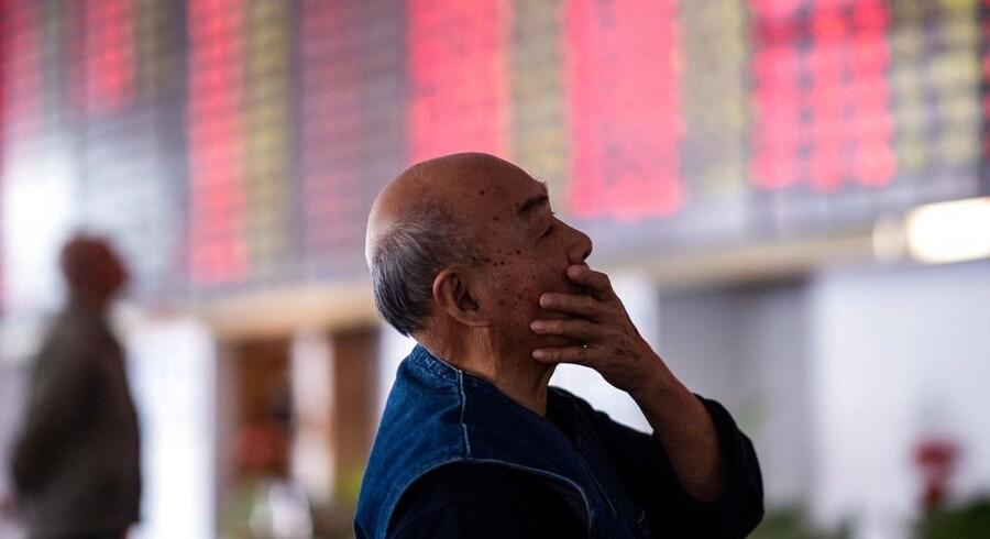 De kinesiske investorer har fuldt med i udviklingen på markederne i spænding de seneste måneder, hvor det stor set kun er gået en vej. Men nu er der en anelse lys i horisonten.