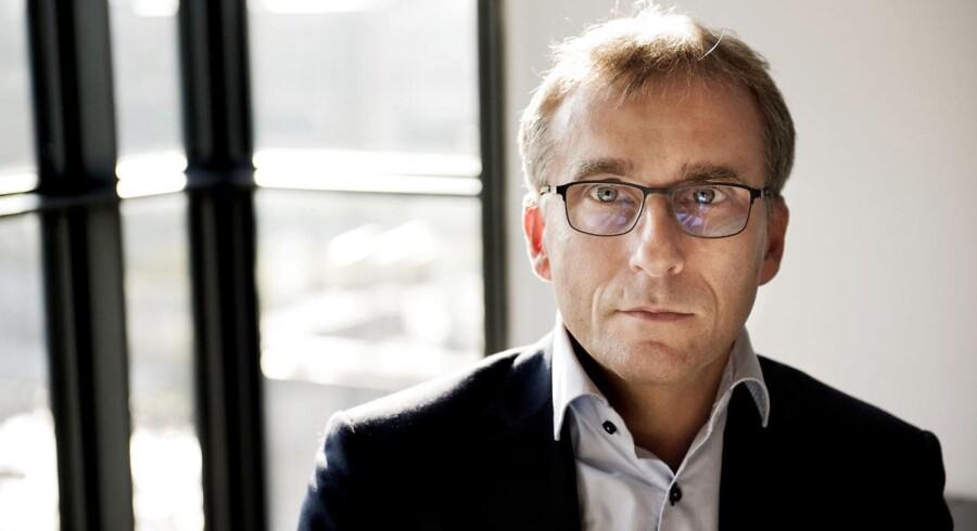 Politikere fra en lang række af partierne i Folketinget erklærer sig kraftigt uenige med bestyrelsesformand David Landos udlægning af Finanstilsynets håndtering af Danske Bank-sagen.