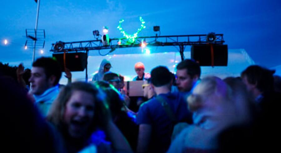 PromilleService, der blev udelukket på dette års Roskilde Festival, er blandt dem, der spiller på Love Camp