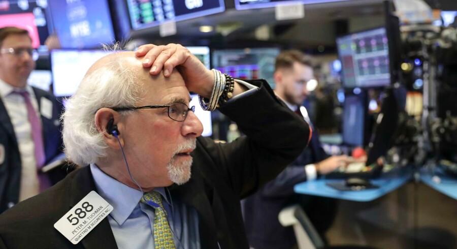 Der er tegn på forsigtige stigninger på de europæiske børser mandag morgen efter en hård omgang sidste uge.