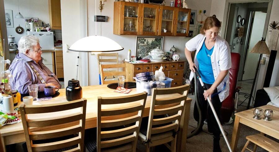 Én times ekstra arbejde om ugen kan afhjælpe rekrutteringsproblem på social- og sundhedsområdet i kommunerne.