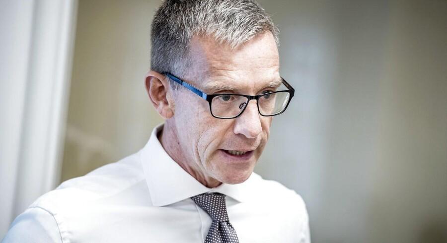 ATP-topchef Christian Hyldahl har kunnet notere et positivt afkast på investeringerne i et vanskeligt marked. Han advarer nu om markant lavere afkast i de kommende ti år for de danske pensionister.