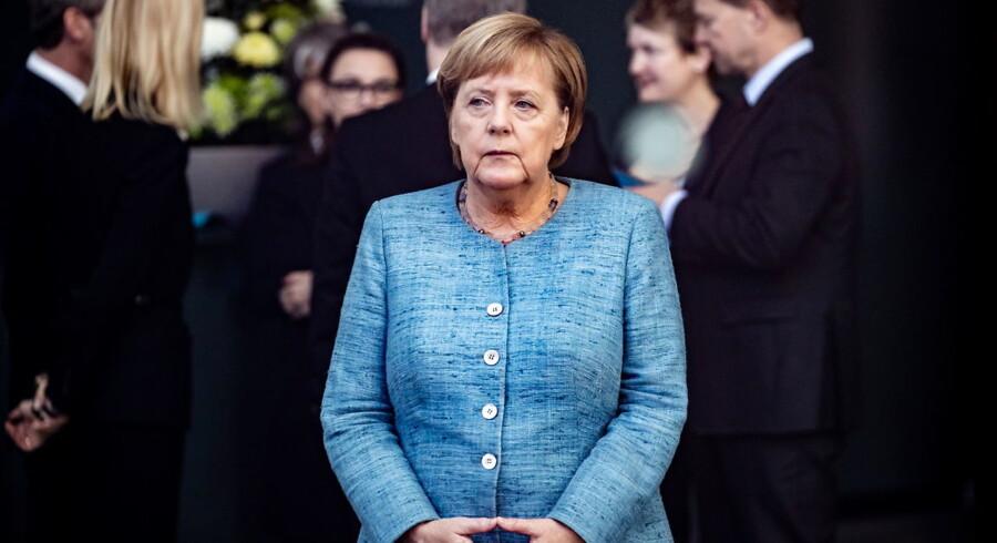 Merkels bebudede exit vækker ikke kun rystelser i Tyskland. Også i EU spørger man sig selv om, hvor kursen går hen. Meget vil formentlig være status quo, siger ekspert.