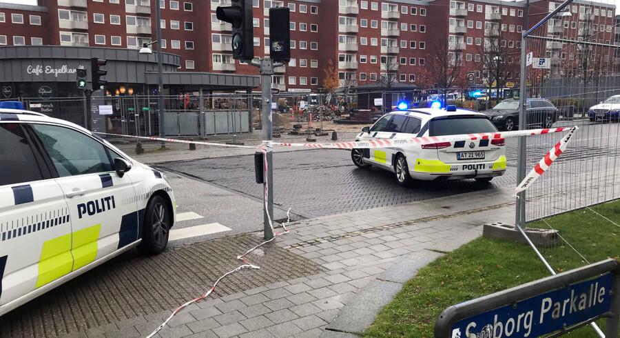 Politiet undersøger et knivoverfald i Søborg tirsdag den 30 oktober 2018. (Foto: Ritzau Scanpix/Scanpix 2018)