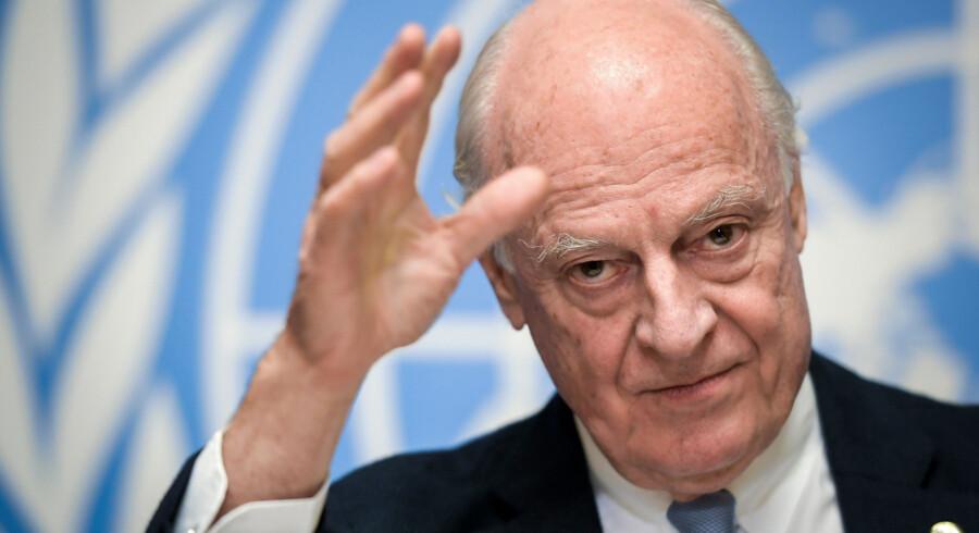 Svensk-italiensk Staffan de Mistura (på billedet) står til at blive afløst af norske Geir Pedersen som FN's særlige udsending i Syrien. Fabrice Coffrini/Ritzau Scanpix