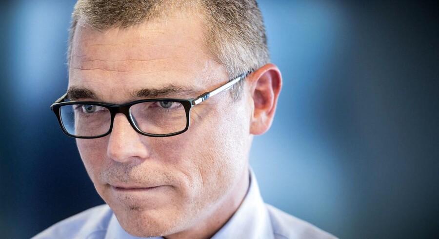 Jesper Rønnow Simonsen er tidligere direktør for Skat. Han endte med at blive fritstillet i august 2016 efter en række skandaler. Han er oprindeligt uddannet økonom og har i 20 år haft forskellige chefstillinger i det offentlige.
