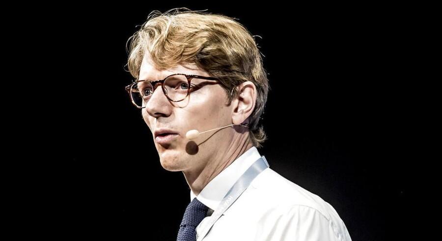 Robert Mærsk Uggla, chef for A.P. Møller Holding, har i denne uge sat Mærsk-familiens præg på bestyrelsen i Danske Bank. Det får ifølge flere headhuntere og en ledelsesekspert konsekvenser for jagten på en ny topchef for banken.