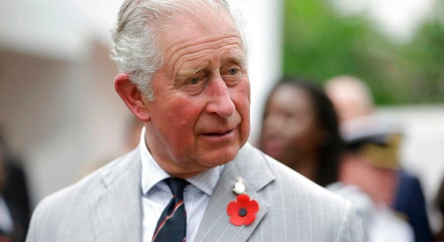 Prins Charles venter stadig på at blive kong Charles. I mellemtiden passer han sine offentlige pligter. Her er prinsen af Wales fotograferet for en uge siden.