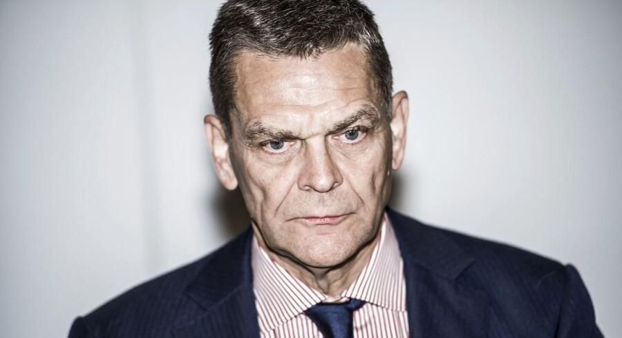 Bestyrelsesformand Ole Andersen er snart fortid i Dansk Bank. Sammen med andre erhvervsledere har han svigtet sit samfundsansvar og skabt vrede på Christiansborg.