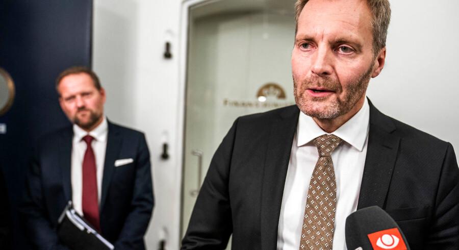 Dansk Folkeparti har fortsat et stærkt ønske om at få sat et loft over familiesammenføringer efter tysk forbillede. Det siger gruppeformand Peter Skaarup (DF).