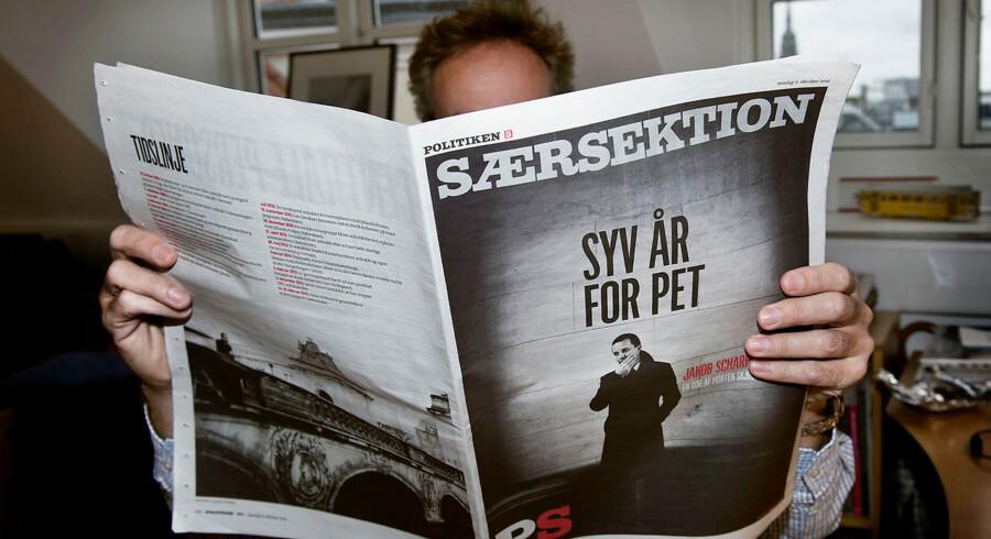 Dagbladet Politiken valgte søndag 9. oktober 2016 at trykke bogen »Syv år for PET« trods fogedforbud.